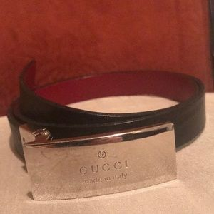 💯 % Authentic Reversible Gucci Leather Belt